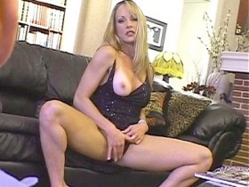 Hollywood Porn Hookers 2 Scene 1