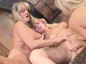 Lesbian Lipstick Seduction 2 Scene 1
