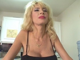 milf money scene 4