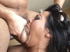 round-butt-sluts-scene2